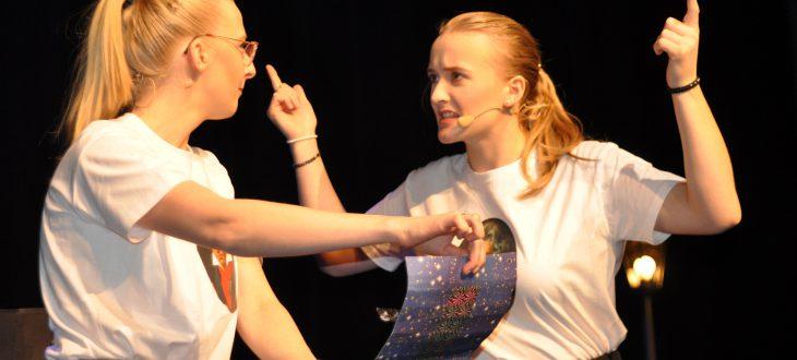 Carmen Habbe und Noemi Gal beim Concertino Piccolino Vom Sturme verweht